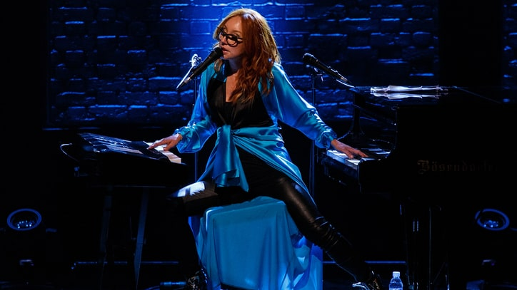 Tori Amos' Track-by-Track Guide to 'Little Earthquakes'