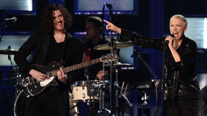 See Annie Lennox and Hozier Put a Spell on the Grammys