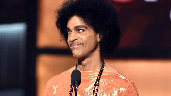Prince Steals the 2015 Grammys With Just One Sneer