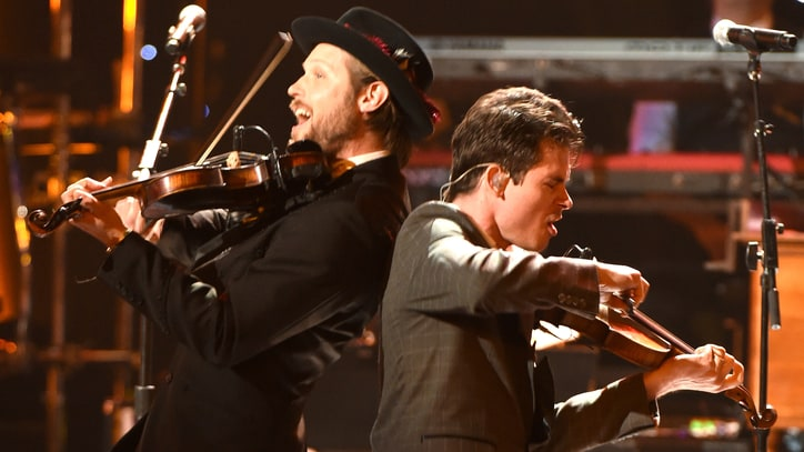 Old Crow Medicine Show Reflect on Grammy Win, Nashville Isolation