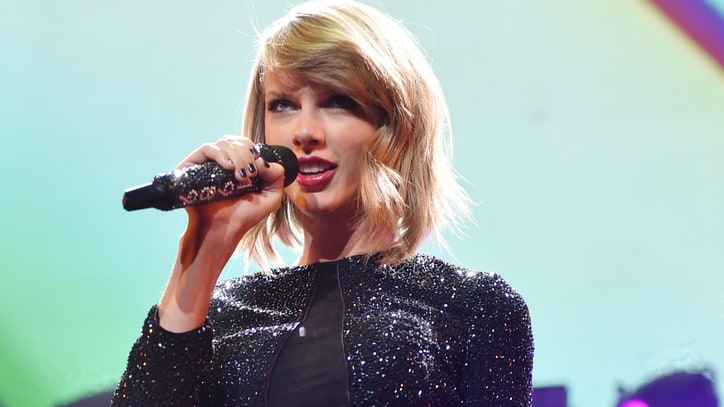 On the Charts: Taylor Swift's '1989' Makes It 11 Weeks at Number One