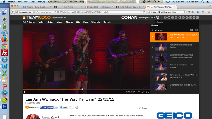Watch Lee Ann Womack Play the Devil Out of 'The Way I'm Livin''
