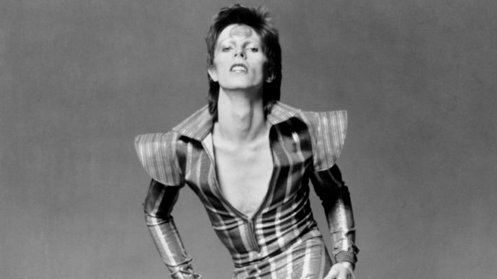 Flashback: David Bowie Scandalizes England With 'Starman'