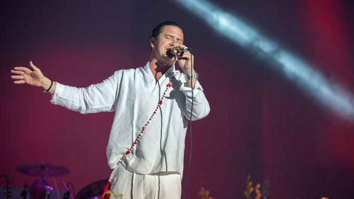 See Faith No More Play Crushing New Song 'Cone of Shame'