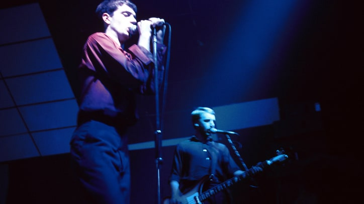 Joy Division's 'Unknown Pleasures' Cover: The Science Behind an Image