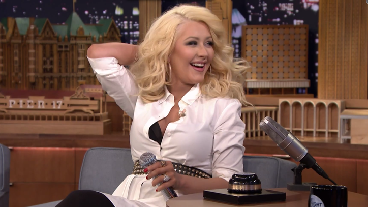 Watch Christina Aguilera Imitate Britney Spears, Shakira on 'Jimmy Fallon'