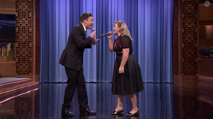 See Jimmy Fallon and Kelly Clarkson Harmonize the History of Duets