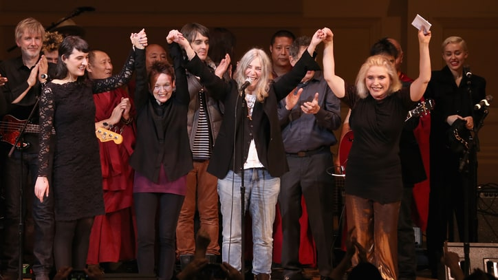 Miley Cyrus, Flaming Lips, Patti Smith Rock Carnegie Hall for Tibet
