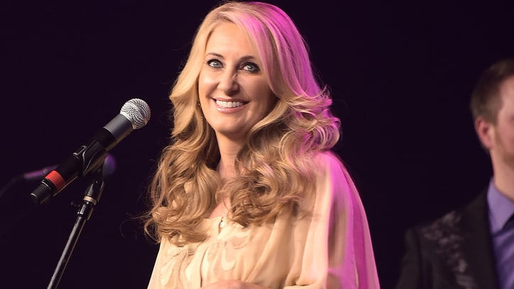 Lee Ann Womack Preps Limited Edition Vinyl for Record Store Day