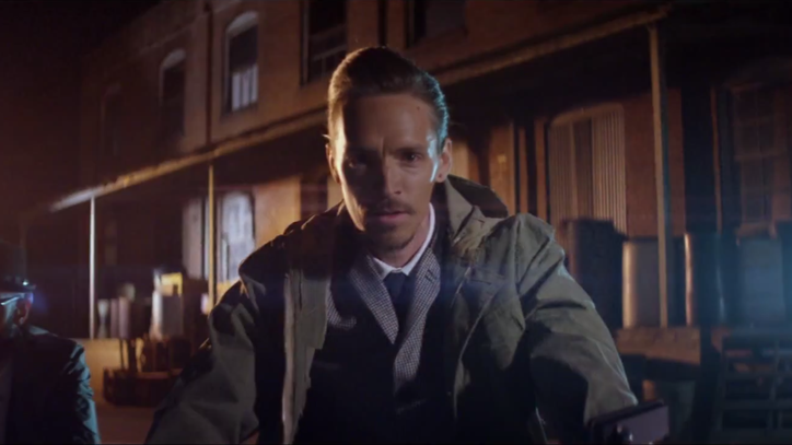 Watch Incubus Fight Themselves in 'Absolution Calling' Video