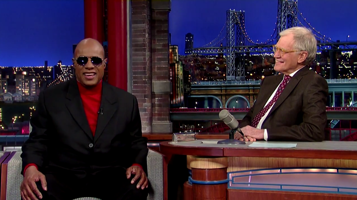 Stevie Wonder Counts Down Advantages of Being Blind on 'Letterman'