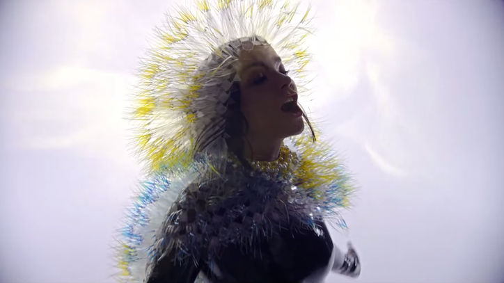 Bjork Delivers Mesmerizing Performance in 'Lionsong' Video