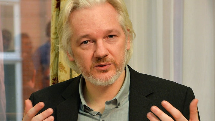 Swedish Prosecutor Opts to Interview Julian Assange in London