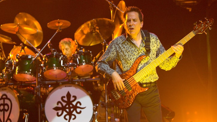 Toto Bassist Mike Porcaro Dead at 59