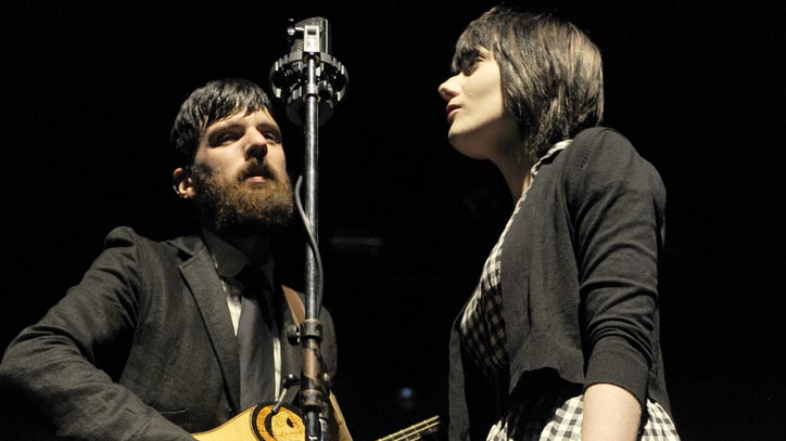 Seth Avett, Jessica Lea Mayfield 'Say Yes' to Elliott Smith Tribute