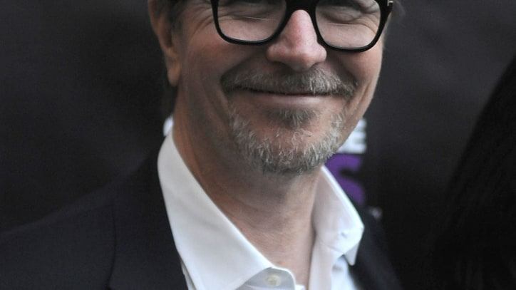 Gary Oldman Defends Mel Gibson, Alec Baldwin in New Interview