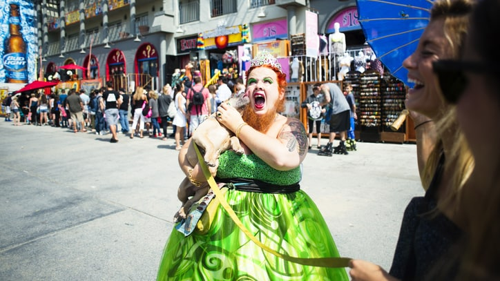 Bearded Ladies and Fire-Eaters: Inside the Venice Beach Freakshow