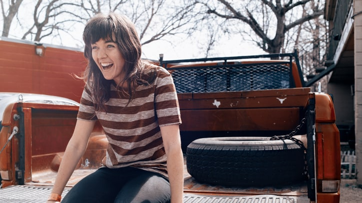 How Courtney Barnett's Thoughts Became 2015's Sharpest Debut