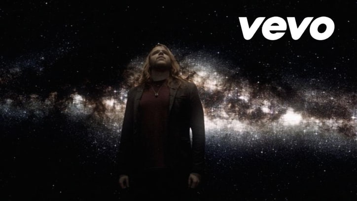 Watch 'Idol' Caleb Johnson's Tear-Jerking 'Fighting Gravity'