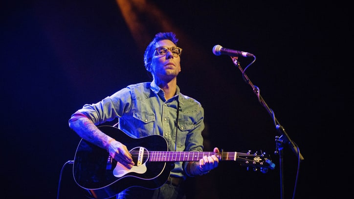 See Justin Townes Earle's Dismal 'Call Ya Momma' Video