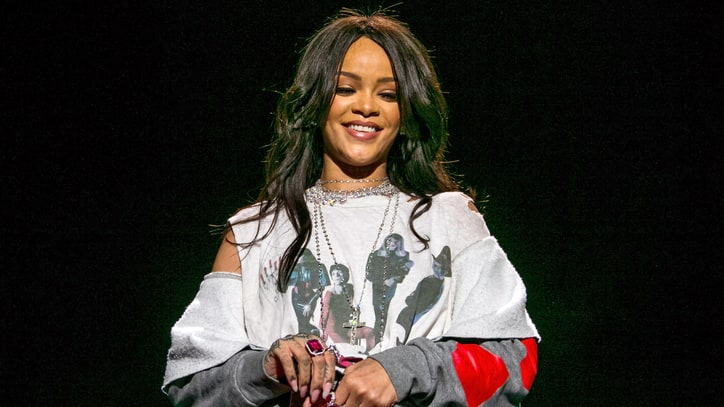 Rihanna Debuts 'American Oxygen,' Slams RFRA at March Madness Fest