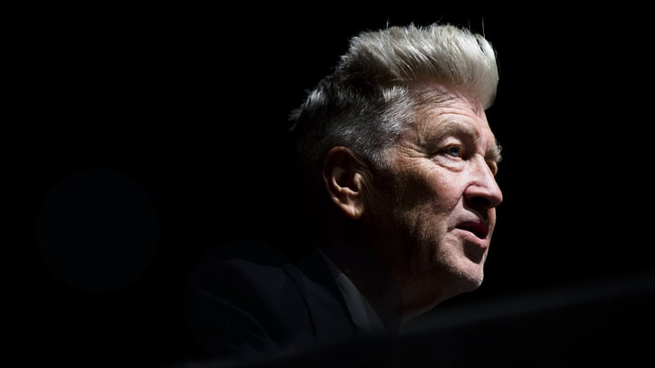 See 'Twin Peaks' Cast Quirkily Protest David Lynch's Exit From Revival