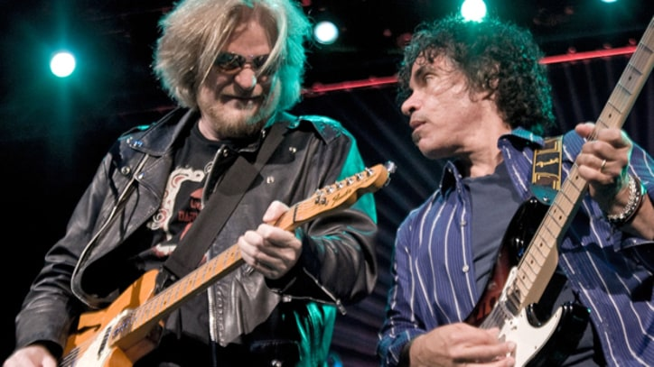 Hall and Oates Fans Start Anti-Romney Super PAC