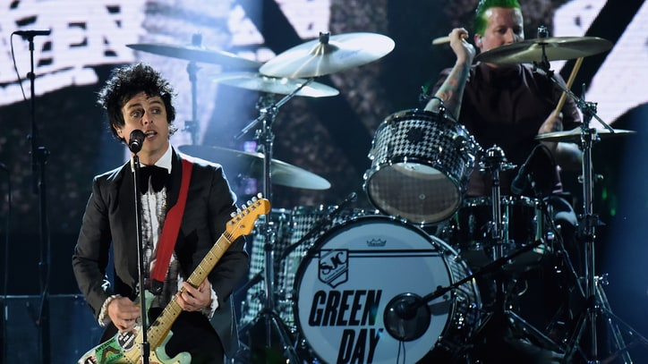 Watch Green Day Pummel Rock Hall With Ecstatic Induction Set