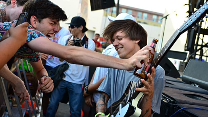 Surfer Blood Guitarist Thomas Fekete Diagnosed With Rare Cancer