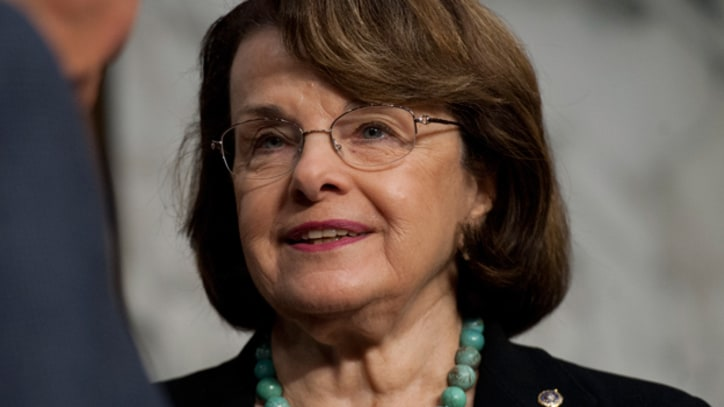 Dianne Feinstein Urges Obama to Transfer Cleared Guantanamo Detainees