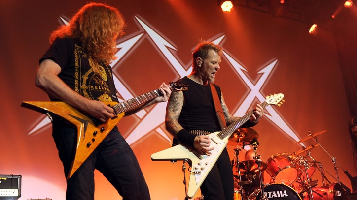 Flashback: Metallica Reunite With Dave Mustaine For Super Jam In 2011