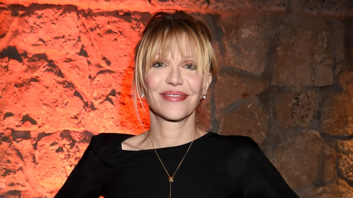 Courtney Love Biographer Sues Singer for Breach of Contract