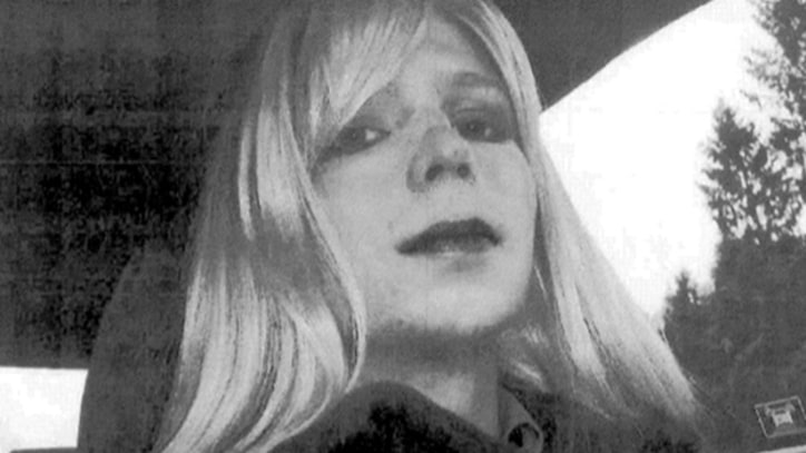 Chelsea Manning Reveals Herself to the World: 'I Am a Female'