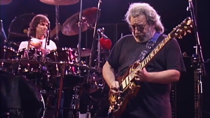 See Grateful Dead Jam on 'Sugaree' in 1989 Unreleased Video
