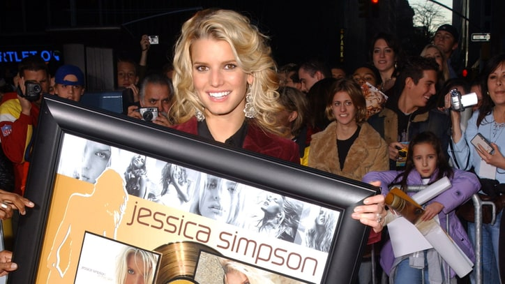 Jessica Simpson: Portrait of a Living Doll