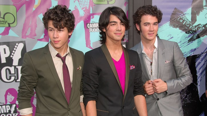 Jonas Brothers: The Clean Teen Machine
