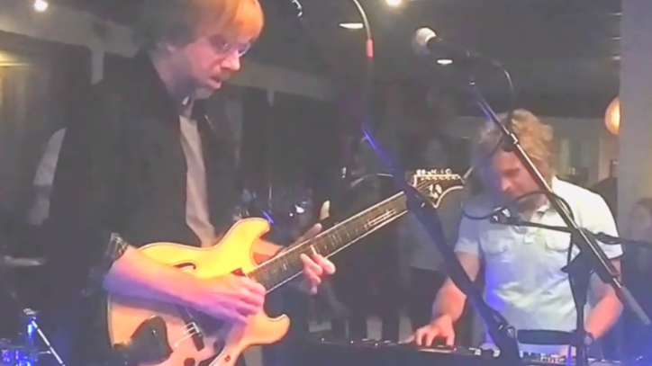 Watch Trey Anastasio and Phil Lesh Play 'Goin' Down the Road Feeling Bad'
