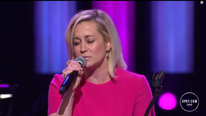 Watch Kellie Pickler Channel Tammy Wynette With 'Stand By Your Man'