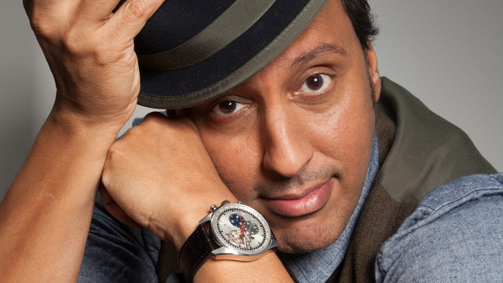 Aasif Mandvi's Biting Take on the Great American Sitcom