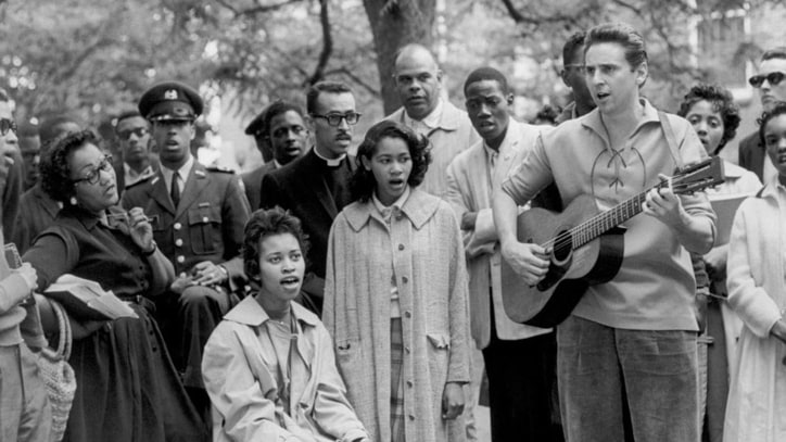 'We Shall Overcome' Folklorist Guy Carawan Dead at 87