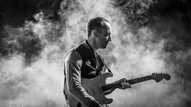 Albert Hammond, Jr. Channels Television for 'Born Slippy'