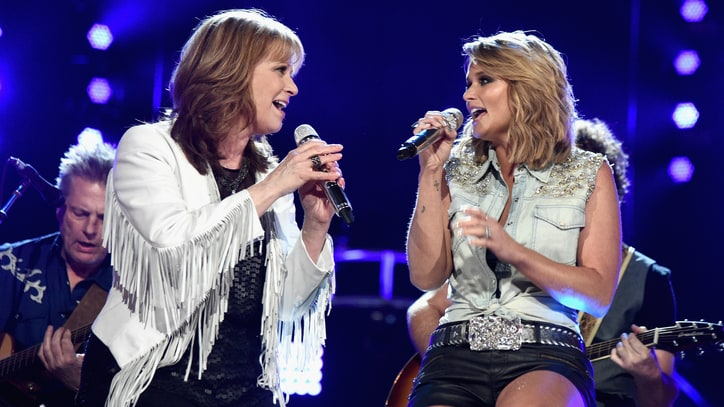 'ACM Superstar Duets' Preview: Storms, Suds and Icons Collide