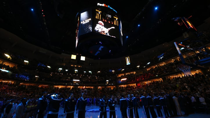 Memphis Grizzlies Hold 'Moment of Song' for B.B. King