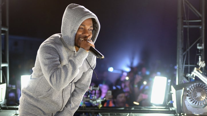 Kendrick Lamar Debuts New Song 'Money Over Love' Live
