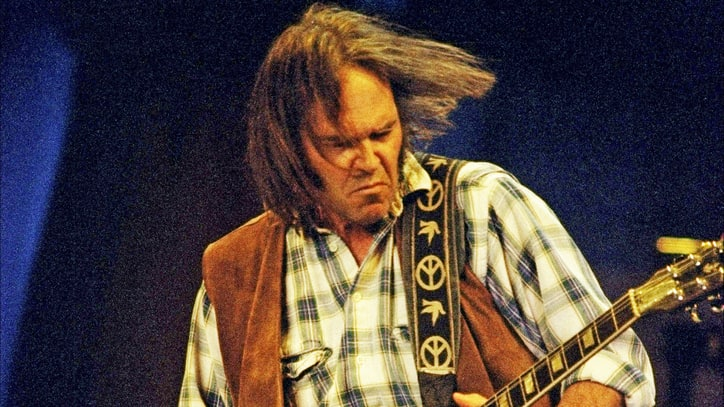 Neil Young Returns to the Harvest