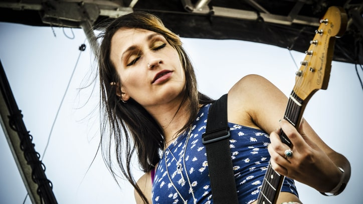 Speedy Ortiz Outsmart the World