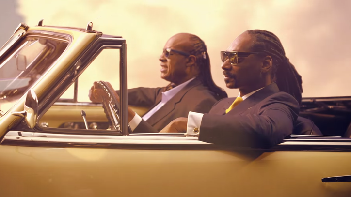 Snoop Dogg Enlists Stevie Wonder, Pharrell for 'California Roll' Video