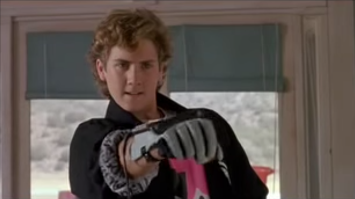 Flashback: 'The Wizard' Unveils Nintendo's Power Glove