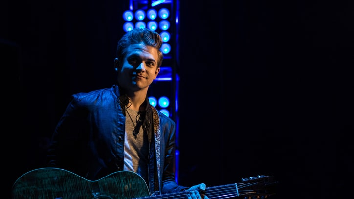 Hunter Hayes Gets Morale Boost From Elton John