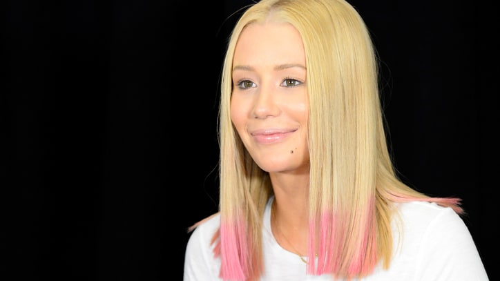 Iggy Azalea on Canceled Tour: 'I Just Deserve a Break'